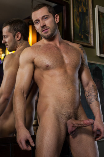 Tyler Wolf loves to top and bottom